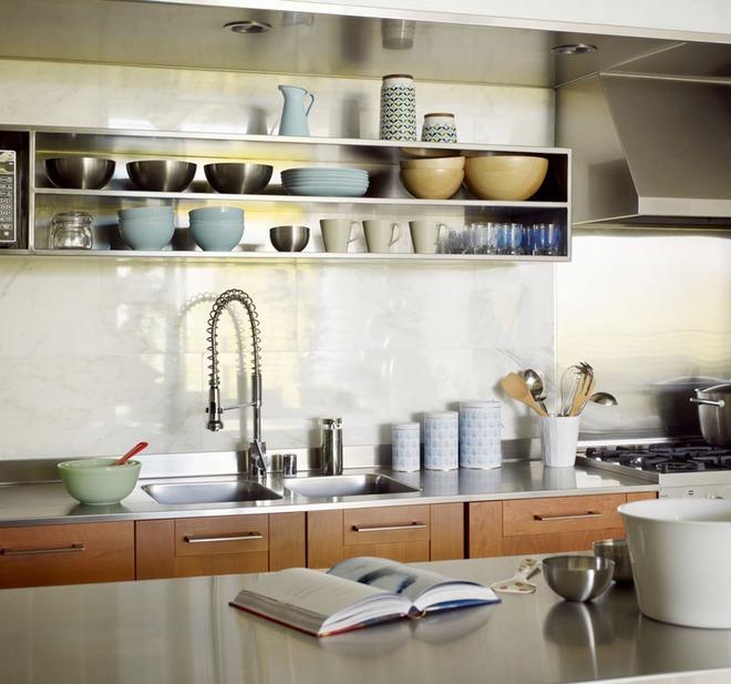 19 ví dụ minh chứng rằng một căn bếp hoàn hảo không thể nào thiếu được những chiếc kệ mở - Ảnh 15.