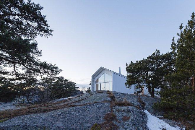 Ngôi nhà đẹp như tranh vẽ nằm sát bờ biển khiến bao người mơ ước - Ảnh 8.