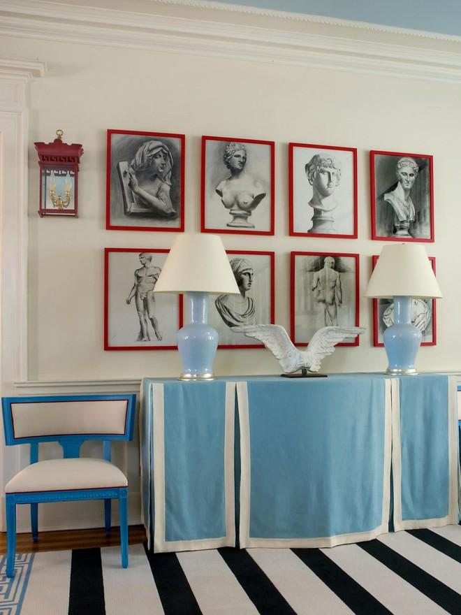 Chỉ với một tấm thảm kẻ sọc đen trắng, phòng khách sẽ vô cùng kỳ diệu thế này - Ảnh 4.