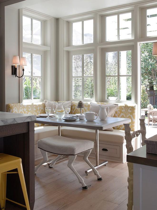 Chỉ cần sắp xếp ghế banquette theo cách này là sẽ có không gian sống tiết kiệm diện tích - Ảnh 12.
