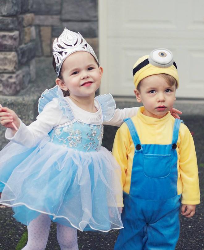 Cô bé 4 tuổi gây sốt với những màn trình diễn nhạc Disney thu hút hàng triệu lượt xem - Ảnh 8.