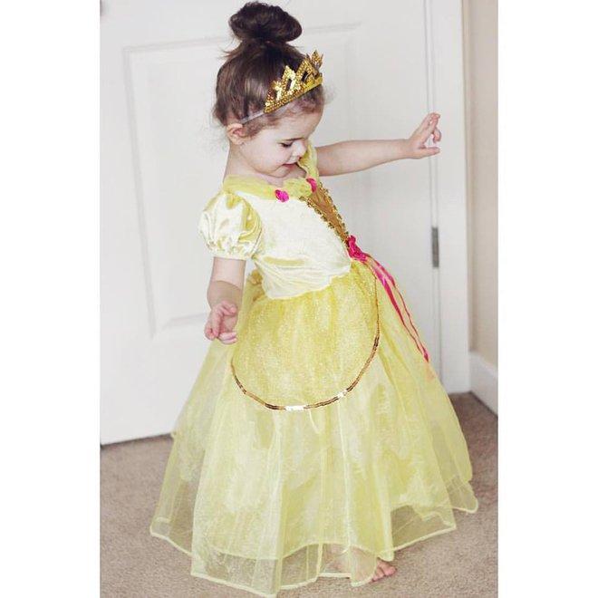 Cô bé 4 tuổi gây sốt với những màn trình diễn nhạc Disney thu hút hàng triệu lượt xem - Ảnh 13.