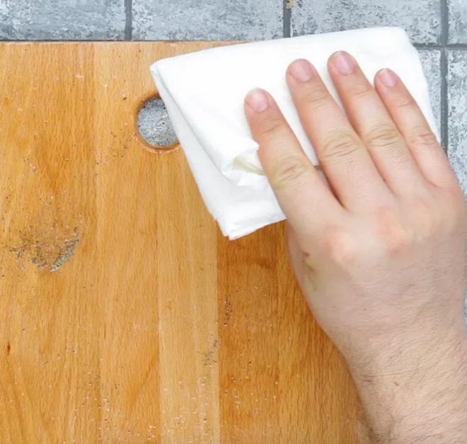 Cách làm sạch bụi bặm, vi khuẩn trong nhà vô cùng đơn giản mà bạn ít ngờ tới - Ảnh 5.