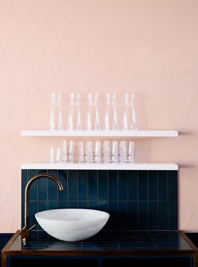 Gợi ý trang trí nhà với gam màu hồng nhạt dịu dàng - Ảnh 5.