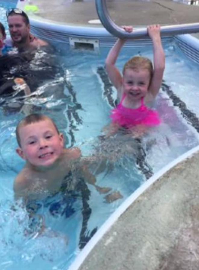 Sau khi đi thăm sở thú về, em gái 3 tuổi tử vong, anh trai 5 tuổi nguy kịch vì nhiễm khuẩn - Ảnh 5.