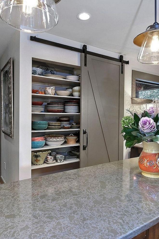 10 thiết kế tủ lưu trữ giúp bạn chứa cả thế giới chai lọ lỉnh kỉnh trong phòng bếp - Ảnh 10.