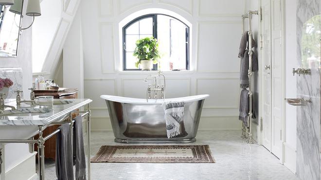 Những mẫu bồn tắm đủ sức khiến cả căn phòng tắm bừng sáng - Ảnh 15.