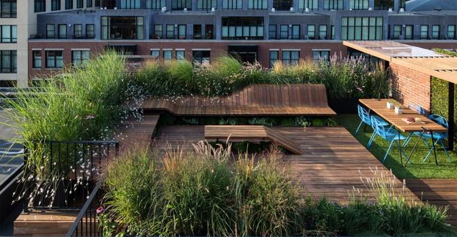 6 cách thiết kế sân thượng vừa đẹp vừa hữu ích bạn không nên bỏ qua - Ảnh 1.