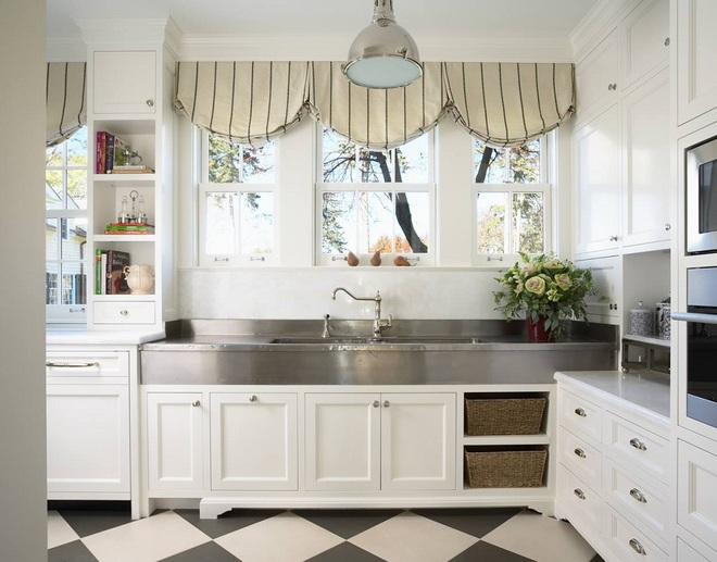 Phòng bếp điệu đà với những mẫu rèm cửa đẹp ngất ngây - Ảnh 2.