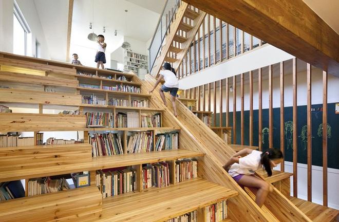 Những mẫu thiết kế sáng tạo dưới đây sẽ biến cầu thang nhà bạn thành khu vui chơi cực hay của trẻ nhỏ - ảnh 5