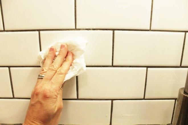 Bày mẹo nhỏ giúp bạn làm sạch tường bếp khỏi những vết bẩn và vàng ố từ dầu mỡ - Ảnh 8.