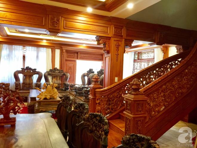 Choáng ngợp khi ngắm cận cảnh căn biệt thự toàn gỗ quý siêu sang giá 55 tỷ ở quận Tân Bình, TP.HCM - Ảnh 13.
