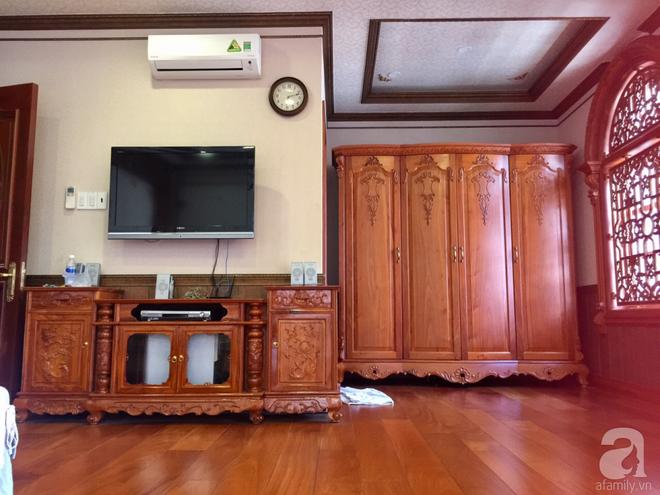 Choáng ngợp khi ngắm cận cảnh căn biệt thự toàn gỗ quý siêu sang giá 55 tỷ ở quận Tân Bình, TP.HCM - Ảnh 21.