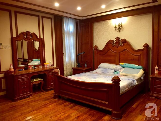Choáng ngợp khi ngắm cận cảnh căn biệt thự toàn gỗ quý siêu sang giá 55 tỷ ở quận Tân Bình, TP.HCM - Ảnh 22.