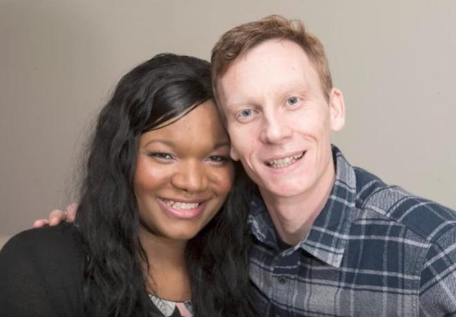 Chàng trai da trắng kết hôn với cô gái da đen, ai cũng sốc khi nhìn thấy con của họ - Ảnh 1.