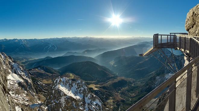 Nín thở trước những cảnh đẹp có nằm mơ bạn cũng không thể tưởng tượng ra được - ảnh 1