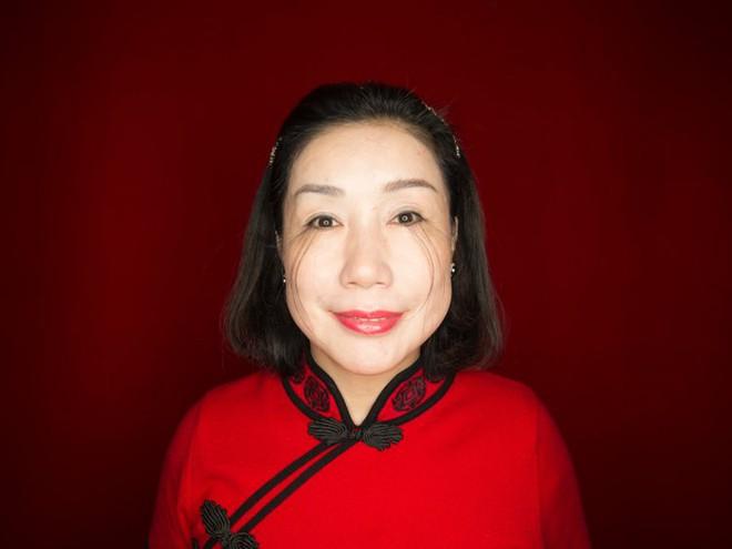 Tưởng lông mi 3cm đã là dài nhất thế giới vậy mà lông mi người phụ nữ này còn dài gấp 4 lần - ảnh 3