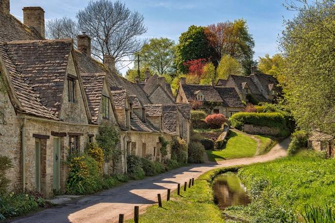Những ngôi làng tuyệt đẹp như cổ tích ai cũng mơ ước được tới dù chỉ một lần - Ảnh 8.