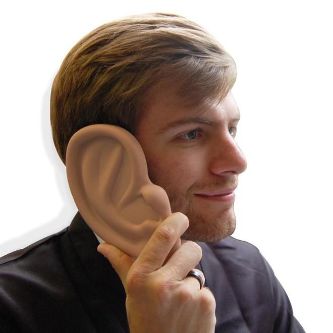 Những chiếc ốp điện thoại dị nhất quả đất chứng tỏ sức sáng tạo của con người thật vô biên - Ảnh 1.