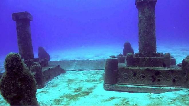 Những thành phố bí ẩn tiết lộ nhiều bí mật động trời chìm sâu dưới đáy đại dương - Ảnh 1.