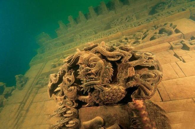 Những thành phố bí ẩn tiết lộ nhiều bí mật động trời chìm sâu dưới đáy đại dương - Ảnh 2.