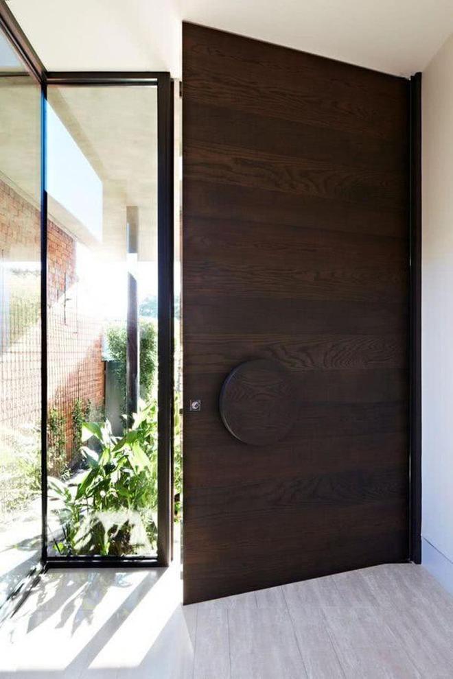 Nét thanh lịch khó chối từ của những cánh cửa gỗ - Ảnh 5.