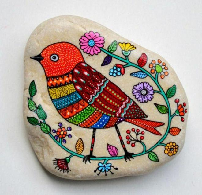 Trang trí nhà cực chất mà lại vô cùng tiết kiệm để đón Tết với những viên đá sỏi rực rỡ sắc màu - Ảnh 6.