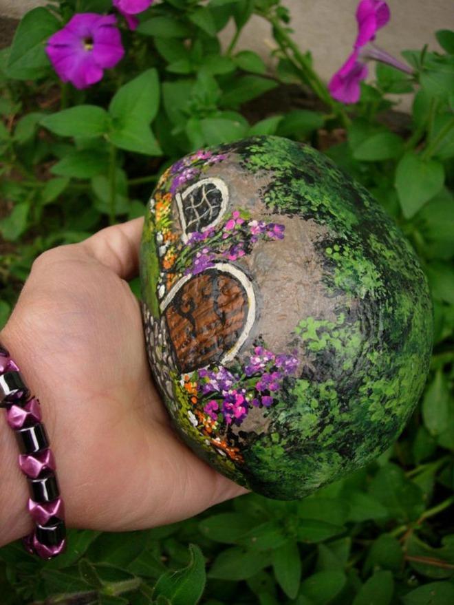 Trang trí nhà cực chất mà lại vô cùng tiết kiệm để đón Tết với những viên đá sỏi rực rỡ sắc màu - Ảnh 13.