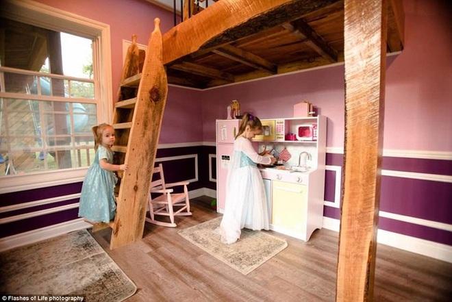 Ngôi nhà mà ông bố tự tay hoàn thành cho 2 cô con gái và câu chuyện khiến ai cũng cảm động - Ảnh 7.