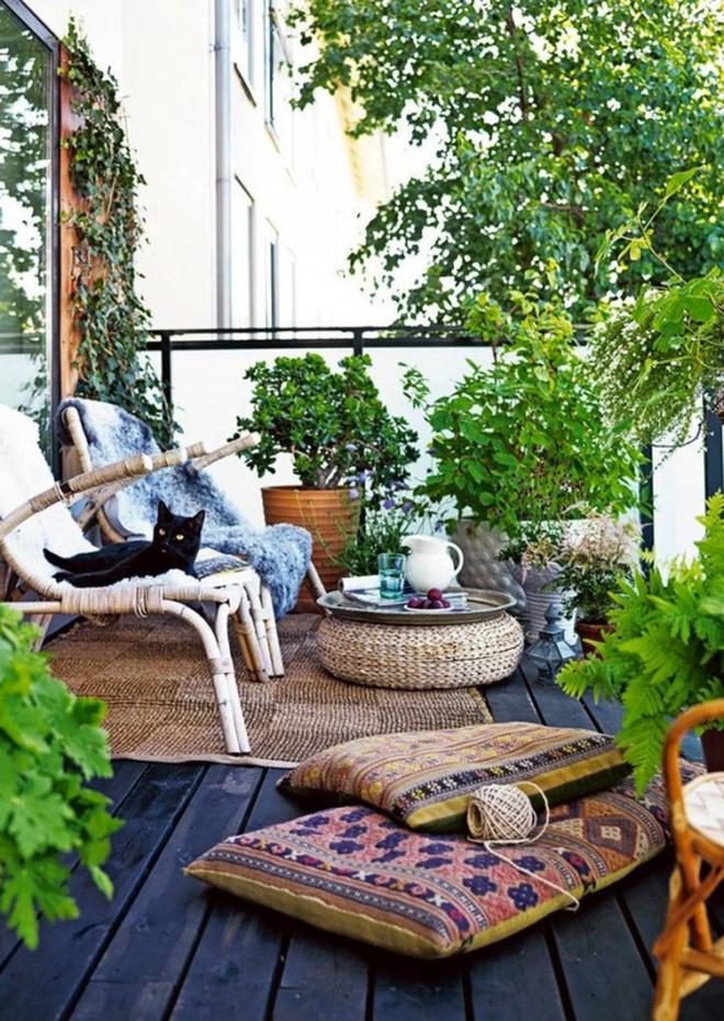 Ban công nhỏ biến thành khu vườn xanh mát đẹp hút ánh nhìn với những ý tưởng đơn giản không ngờ - Ảnh 1.