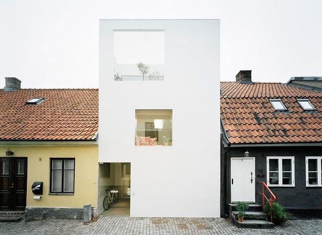 Ngôi nhà đẹp như tranh với lối thiết kế đơn giản tinh tế dưới đây sẽ khiến bạn yêu ngay từ ánh nhìn đầu tiên - Ảnh 3.