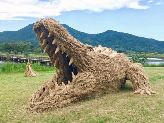 Chỉ với những cọng rơm khô, người Nhật tạo nên nhiều thứ khiến ai cũng thán phục - Ảnh 2.