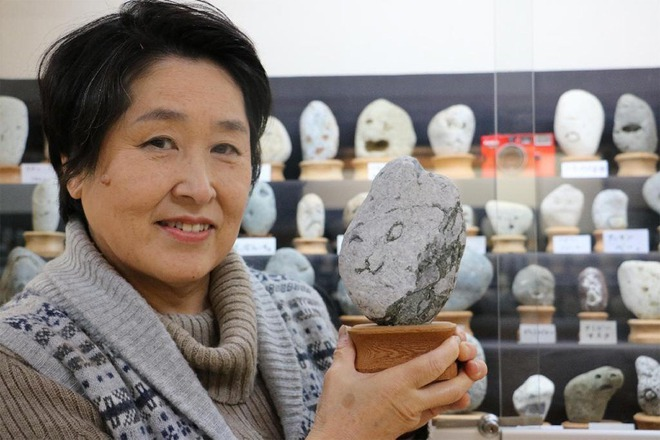 Bạn sẽ bất ngờ khi biết đến bảo tàng đá mặt người kỳ lạ này ở Nhật Bản - Ảnh 3.