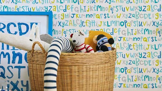 Những mẫu giấy dán tường không thể đáng yêu hơn cho phòng ngủ của bé - Ảnh 4.