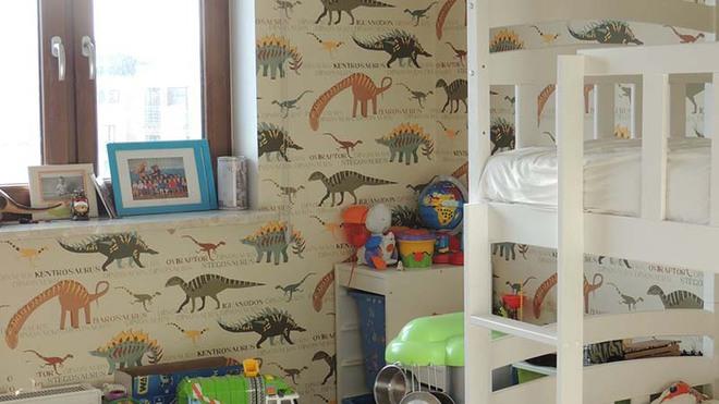 Những mẫu giấy dán tường không thể đáng yêu hơn cho phòng ngủ của bé - Ảnh 9.