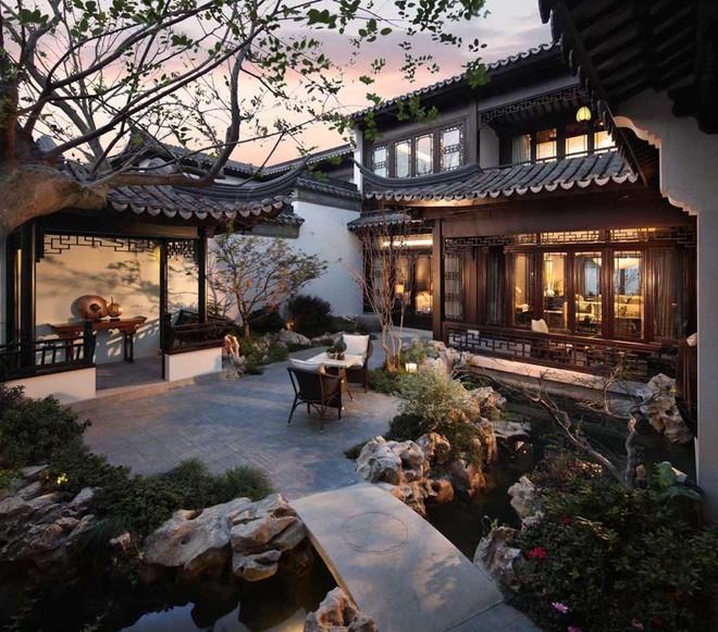Mê mẩn trước căn biệt thự đẹp như chốn bồng lai tiên cảnh của tỷ phú Jack Ma - Ảnh 11.