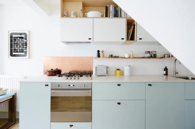 Ngắm những căn bếp rộng chưa đến 3m² nhưng được thiết kế không thể hợp lý hơn - Ảnh 1.