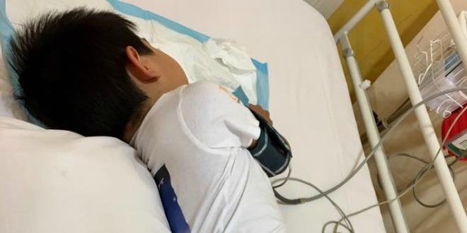 Phát hiện con trai mắc bệnh ung thư máu chỉ từ những triệu chứng ho, sốt thông thường - Ảnh 6.