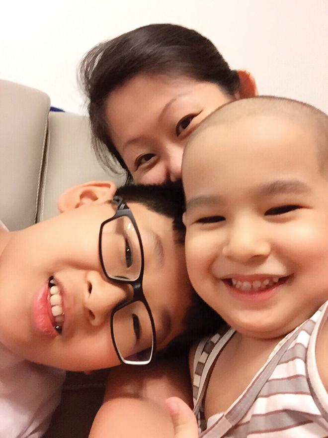 Phát hiện con trai mắc bệnh ung thư máu chỉ từ những triệu chứng ho, sốt thông thường - Ảnh 7.