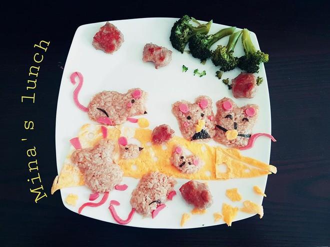 Mẹ Việt ở Úc<b style=color:#FA5742><i> hướng dẫn </i></b>các bước đơn giản làm cơm bento cho bé ăn thun thút - Ảnh 6.