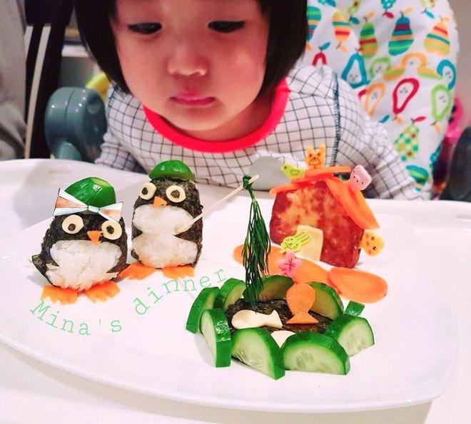 Mẹ Việt ở Úc<b style=color:#FA5742><i> hướng dẫn </i></b>các bước đơn giản làm cơm bento cho bé ăn thun thút - Ảnh 16.