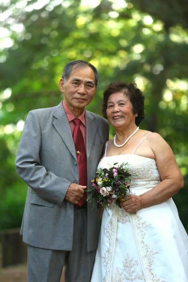 """Cả Hà Nội mới có một gia đình """"yêu tận tim"""": Ông bà, thông gia cưới cùng cô dâu, chú rể vui như thế này! - Ảnh 7."""