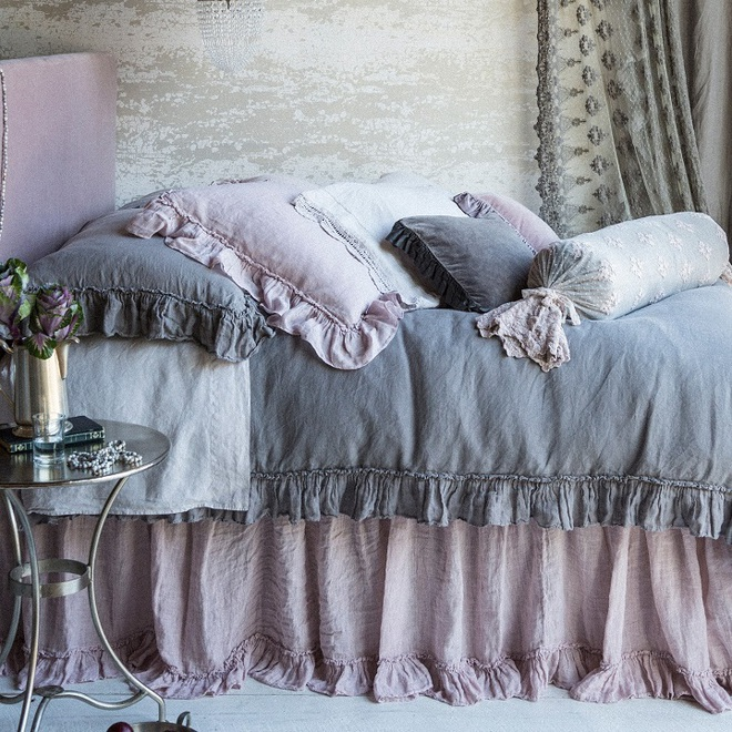11 mẫu chăn ga gối bằng vải linen mềm mại và ấm áp nên có trong phòng ngủ vào mùa thu đông - Ảnh 9.