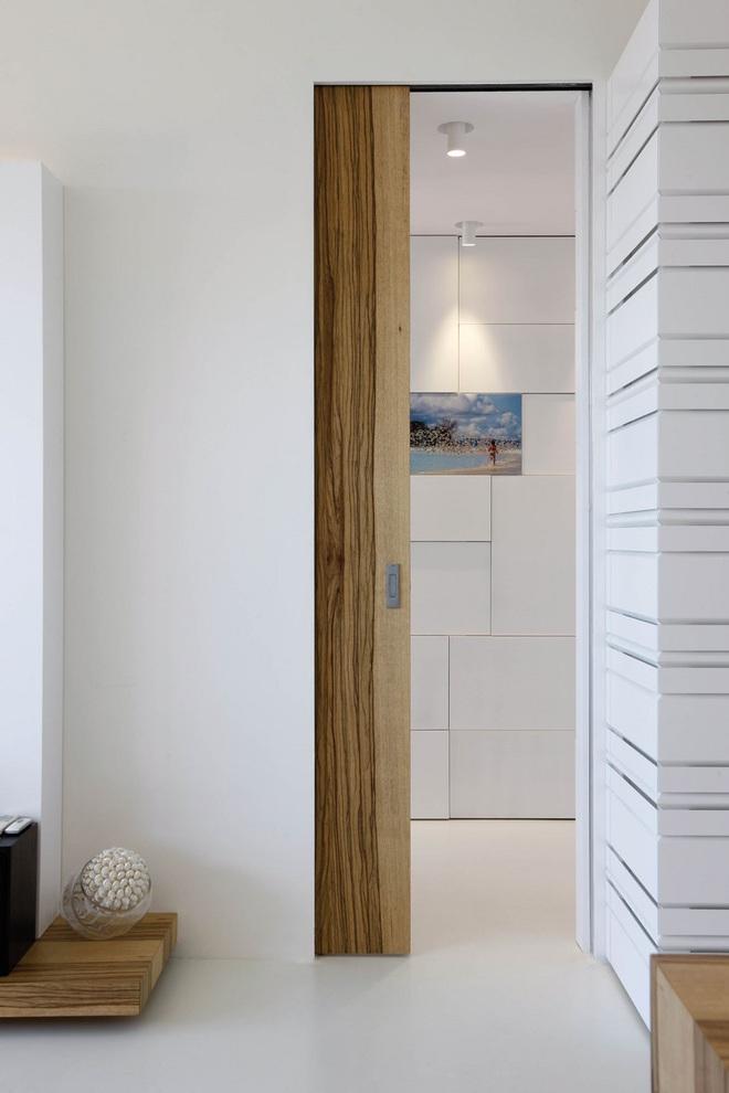 Tham khảo ngay những mẫu thiết kế cửa kéo vừa tiện lợi lại tiết kiệm diện tích cho nhà nhỏ - Ảnh 4.