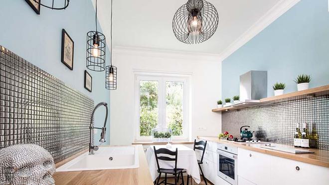 Đừng ngại nhà bếp nhỏ mà bỏ qua những chiếc đèn trang trí siêu xinh dưới đây - Ảnh 8.