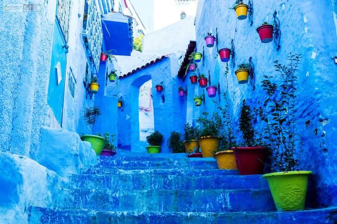 Nín thở ngắm nhìn những con phố đẹp nhất trên thế giới - Ảnh 2.