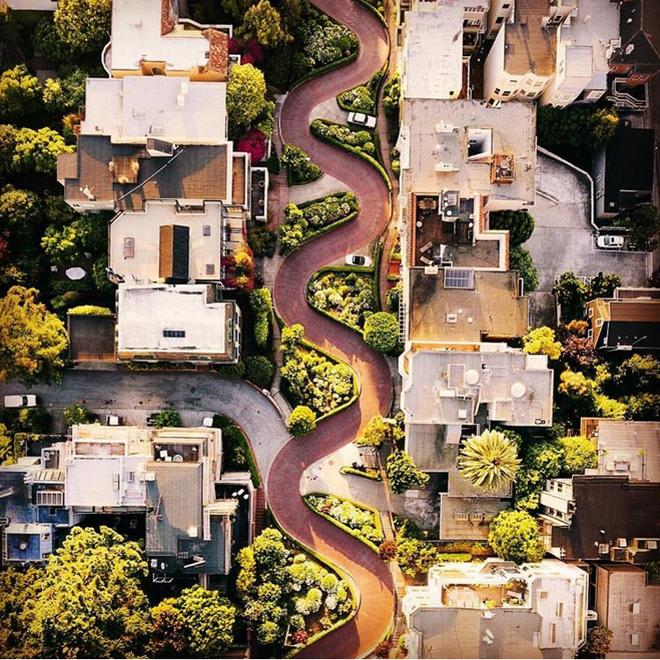 Nín thở ngắm nhìn những con phố đẹp nhất trên thế giới - Ảnh 17.