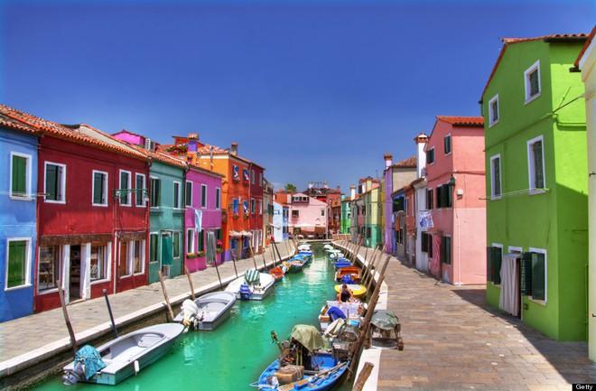 Nín thở ngắm nhìn những con phố đẹp nhất trên thế giới - Ảnh 18.