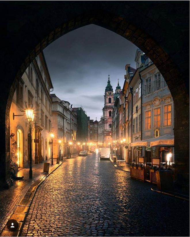 Nín thở ngắm nhìn những con phố đẹp nhất trên thế giới - Ảnh 21.