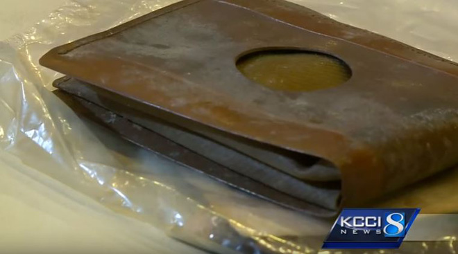Đánh mất ví từ khi còn là cậu bé, 71 năm sau vẫn tìm lại được